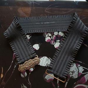 Danier - Black stretchy frilly belt M/L
